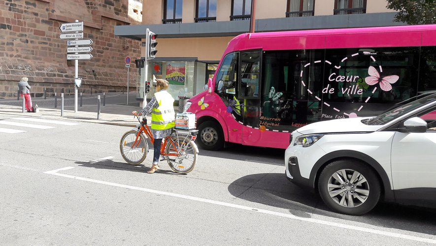En ville, le peloton des adeptes du vélo grossit