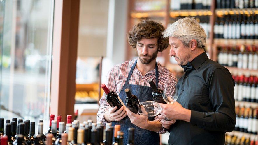 63% des amateurs de vins se fournissent auprès des cavistes et des magasins spécialisés