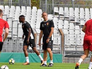« Il faudra qu'on soit nous-mêmes, qu'on reste nous-mêmes et qu'on essaye de bien faire ce que l'on sait faire », a déclaré Laurent Peyrelade, jeudi, en conférence de presse, au sujet du match de ce soir face au promu caladois.