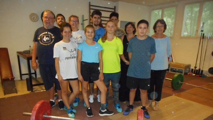 L'école de jeunes de l'Haltéro club avec les dirigeants a repris du service.