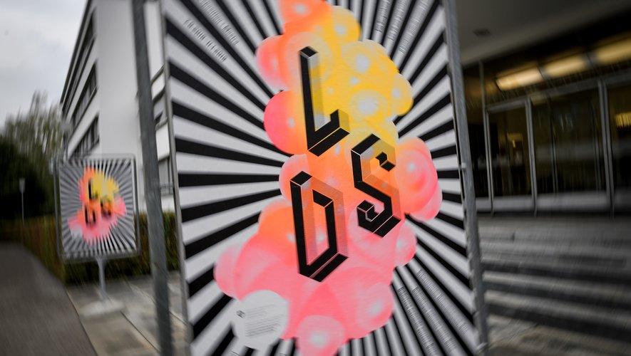 """Exposition à la bibliothèque nationale suisse, à Berne, consacrée au livre de ce chimiste suisse, intitulé """"LSD: mon enfant terrible""""."""