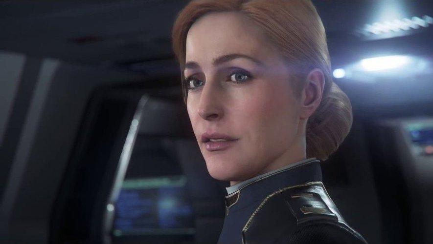 """Gillian Anderson prête sa voix et ses traits au Capitaine MacLaren dans """"Squadron 42""""."""