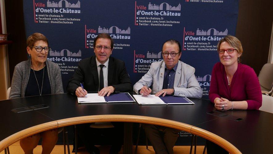 La convention de partenariat vient d'être signée.