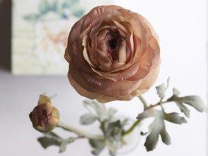 Des fleurs artificielles, pourquoi pas?