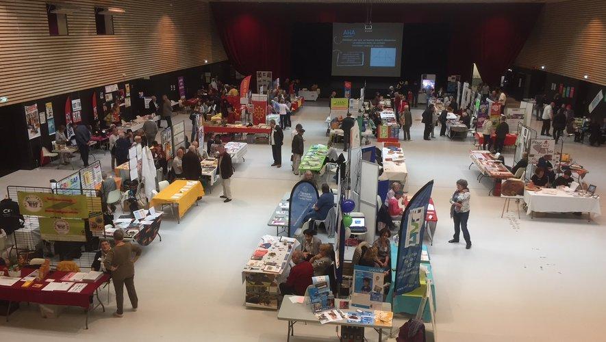 Entrée gratuite au forum des associations, salle des fêtes de Rodez.