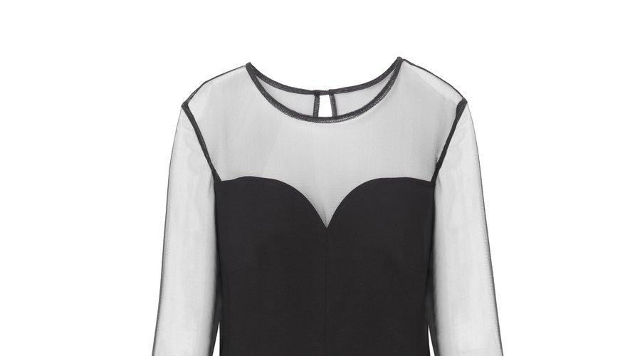 """La robe """"Nola"""" issue de la collaboration entre Isabelle Wang et la marque 1.2.3."""