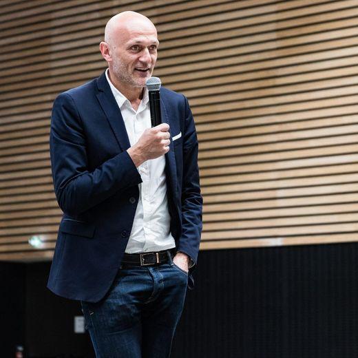 Le député aveyronnais Stéphane Mazars répond à Jean-Luc Mélenchon sur les accents