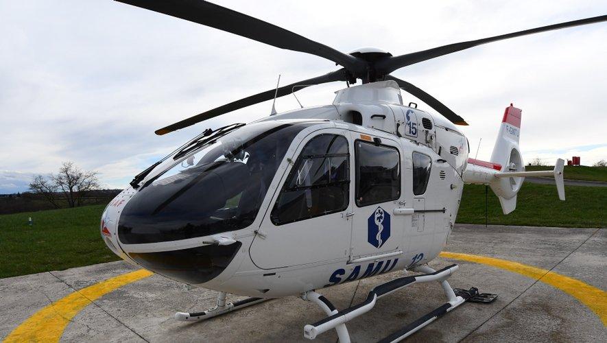 La victime a été évacuée vers l'hôpital Jacques-Puel de Rodez par hélicoptère.