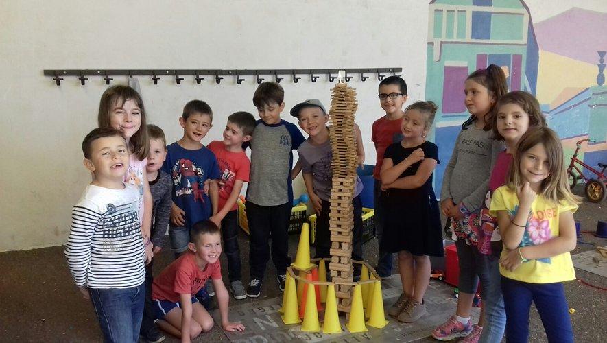 Les élèves ont débuté les ateliers de pratique des arts.