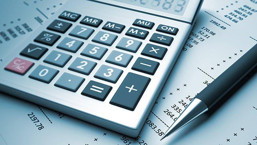 Deux assureurs se trouvent en tête du classement et prélèvent les frais les plus élevés pour une succession moyenne: Allianz et Axa Banque.