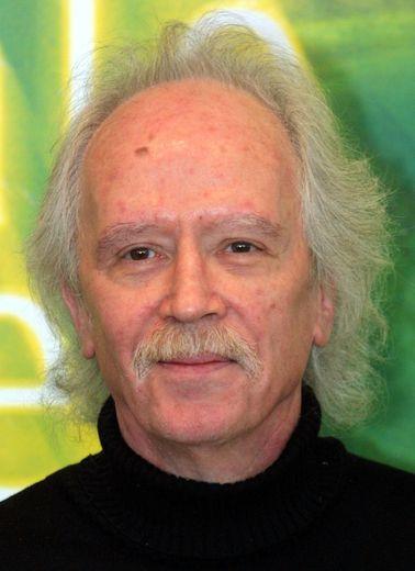 """Le réalisateur John Carpenter signe la bande-son de la plateforme de streaming horrifique """"Shudder""""."""