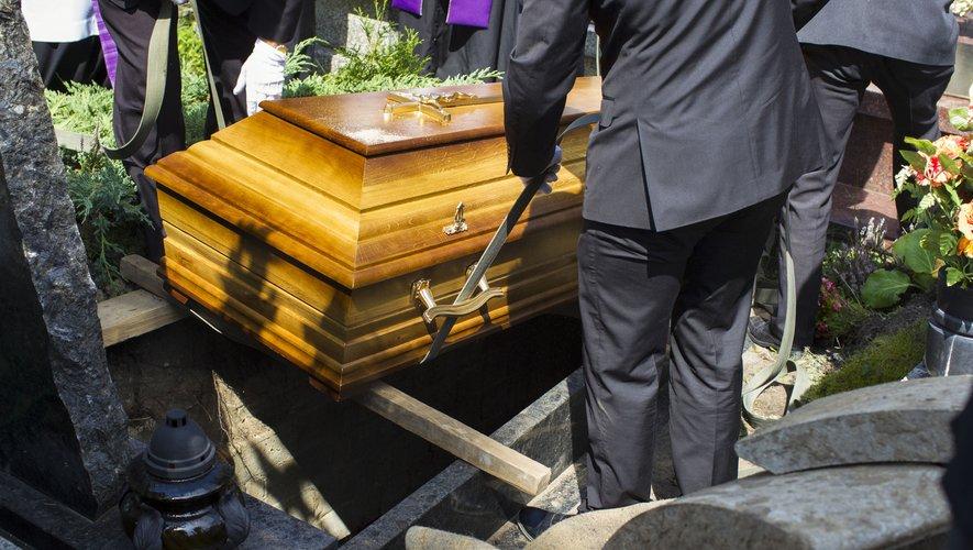 Si la France se retrouve confrontée à l'inflation des prix des obsèques, elle n'est pas la seule dans le cas.