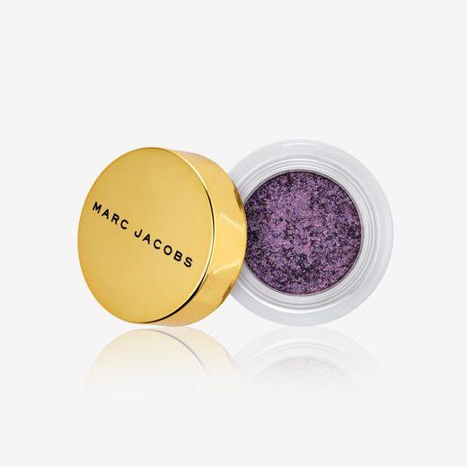 Le fard See-Quins de Marc Jacobs Beauty - Prix : 24,90€ - Site : www.marcjacobsbeauty.com.