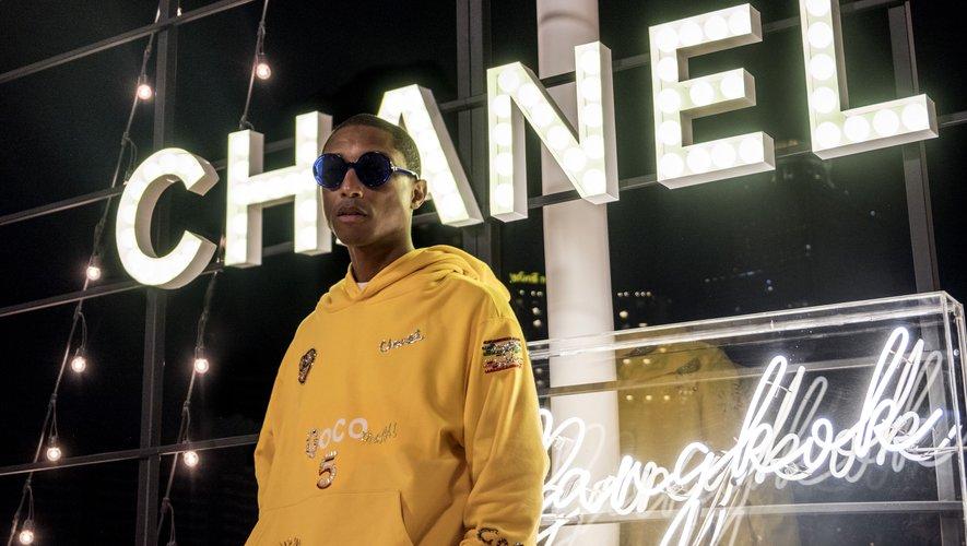 Pharrell Williams et Chanel à nouveau réunis pour une collection capsule de prêt-à-porter et d'accessoires pour le Printemps-Eté 2019.
