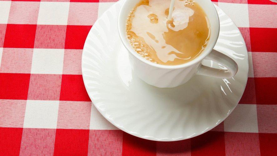 Consommer du thé, du café, ou du vin en association avec le zinc, peut améliorer la santé.