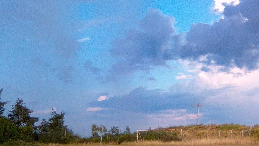 Ciel bleu et nuages se succéderont en Aveyron cette semaine.