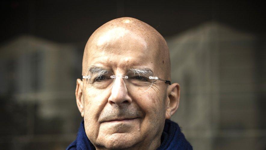 """L'écrivain Pierre Guyotat a reçu mardi le prix Médicis pour """"Idiotie"""""""