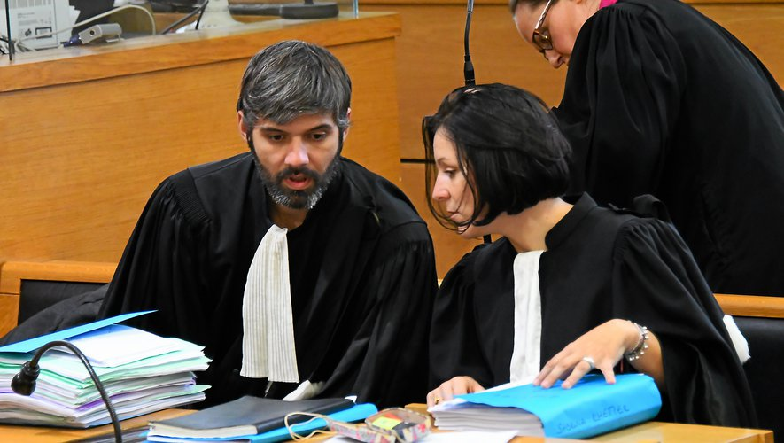 Les avocats de la défense :  Me Jacques Durieux et  Me Jessica Guy, du barreau de Toulouse.