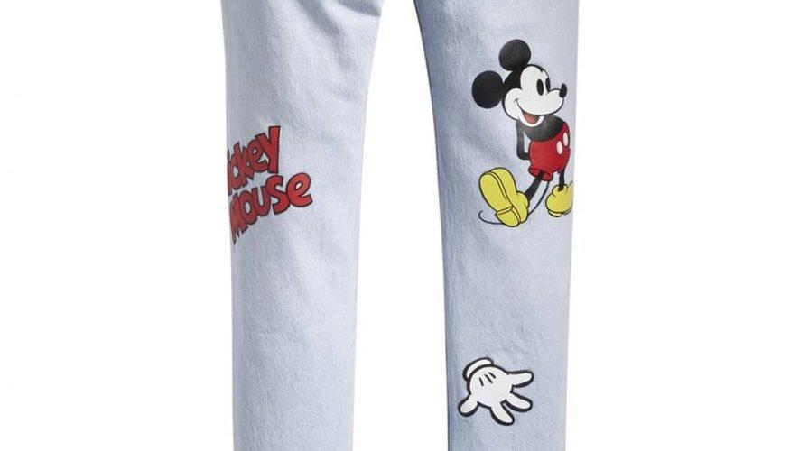 Levi's revisite ses grands classiques, dont le 501, le temps d'une collection à l'effigie de Mickey, réalisée en collaboration avec Disney.