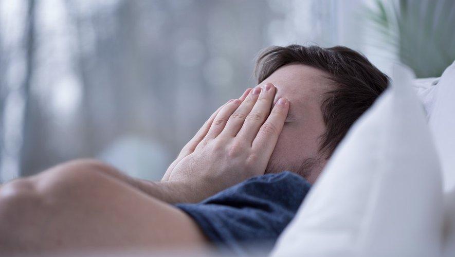 Problèmes de sommeil : la mélotanine, pas vraiment recommandée