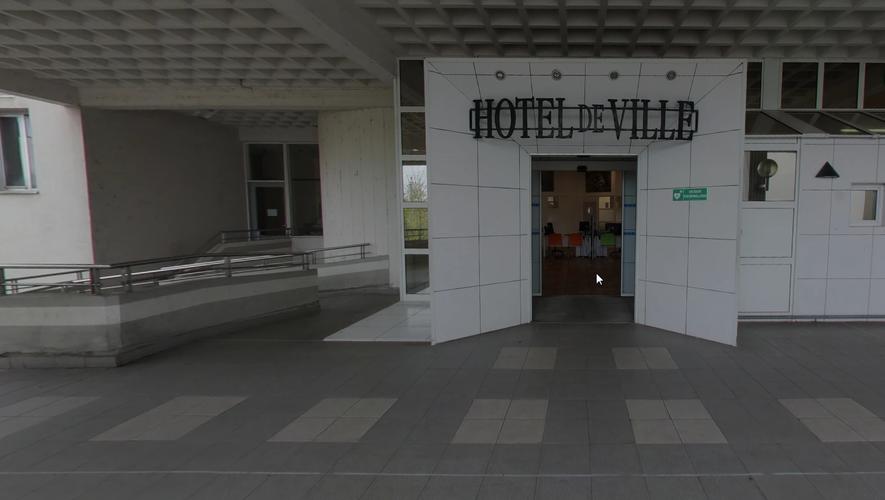 Les faits se sont produits à proximité de l'hôtel de ville d'Onet-le-Château.