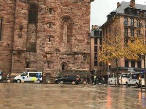 Mouvement de grève des ambulanciers : actions sur l'A75 et place d'Armes à Rodez
