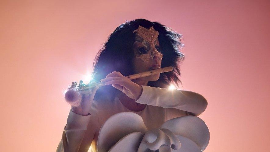 """Le spectacle de Björk """"Cornucopia"""" donnera sa première représentation au centre d'art Shed à New York."""