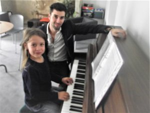 Un nouveau professeur de piano