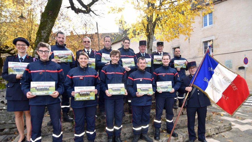 Les pompiers du centre de secours Jean-Louis Ayrignac présentent le calendrier 2019