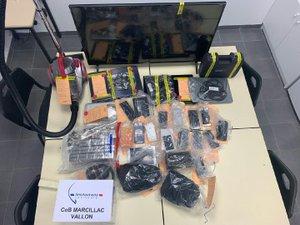 Au total ce sont 27 colis dérobés qui ont été identifiés, pour un préjudice d'environ 20000 €.