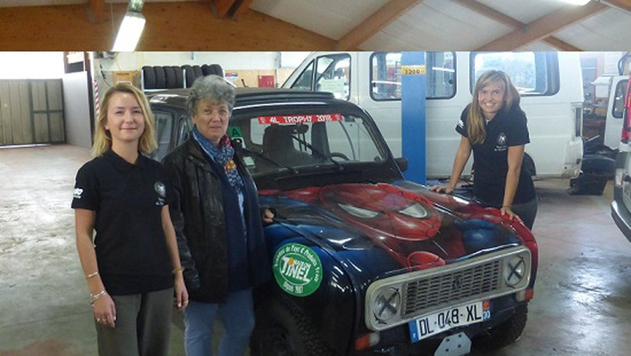 Mme Lasserre directrice générale du Ditep de Grèzes a accueilli  les deux participantes lors de la présentation de leur voiture.