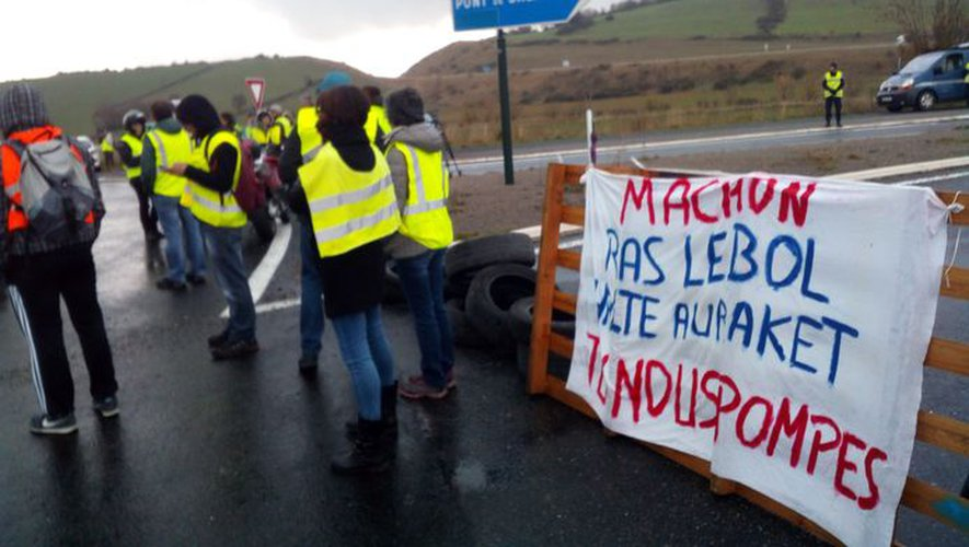 L'accès au viaduc de Millau était filtré ce matin.