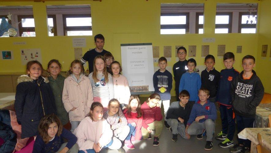 Les écoliers ont effectué un important travail de mémoire.