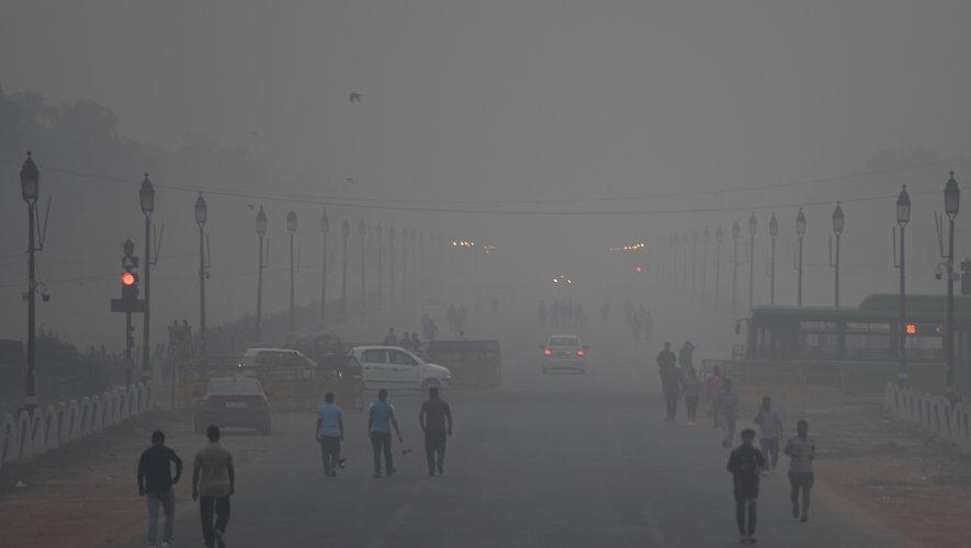 Un résident de la capitale indienne New Delhi perd en moyenne dix années d'espérance de vie à cause de la suffoquante pollution de l'air