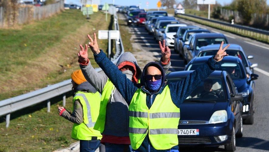 """Les """"Gilets jaunes"""" seront toujours sur les routes de l'Aveyron ce mercredi."""