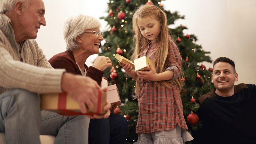 Les français dépenseront environ 340€ de cadeaux à Noël