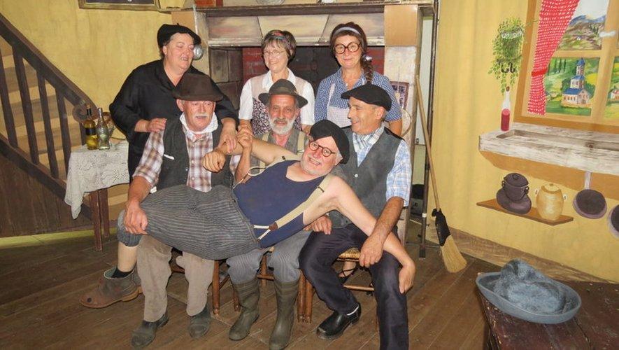 La troupe de la Pastourelle.