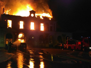 Le sinistre a mobilisé une quarantaine de pompiers.