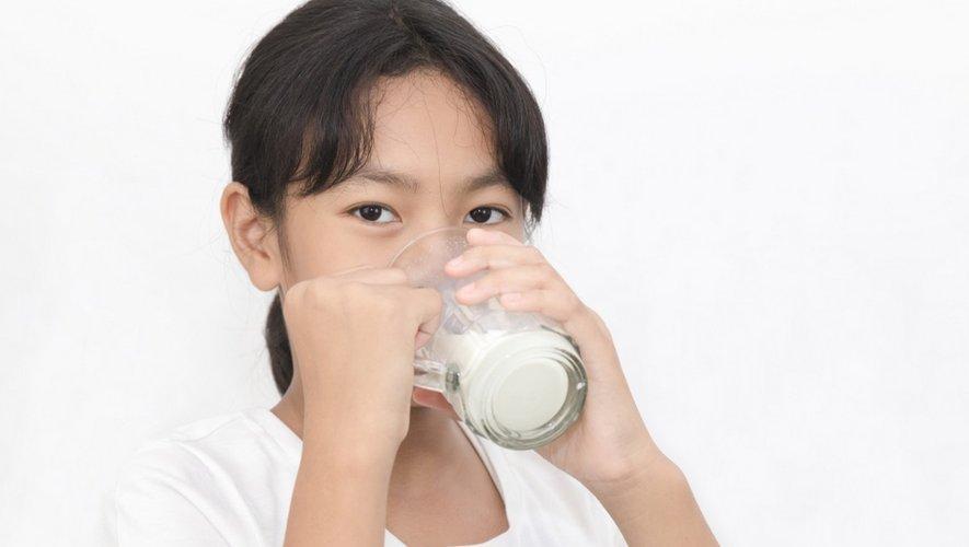 Durant l'enfance, indispensable calcium