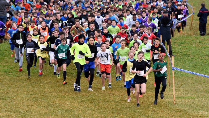 Plus de 3300 enfants devaient participer au cross scolaire ce mercredi 21 novembre, au Monastère.