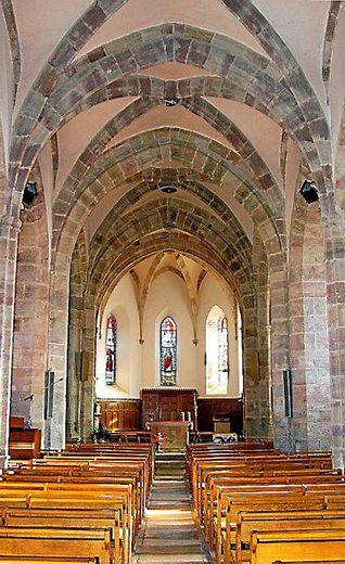 L'église Saint-Maurice de Luc, méconnue des habitants de l'agglomération, mérite le détour.