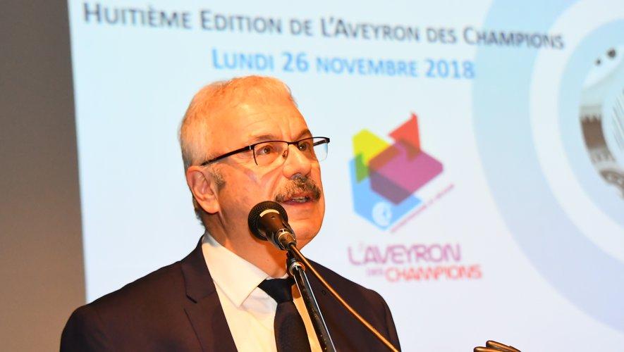 Président de la CCI, Dominique Costes a rassemblé ce lundi soir dans ses locaux à Rodez, plus de 200 acteurs économiques du département pour célébrer les huit lauréats des trophées de l'Aveyron des Champions .