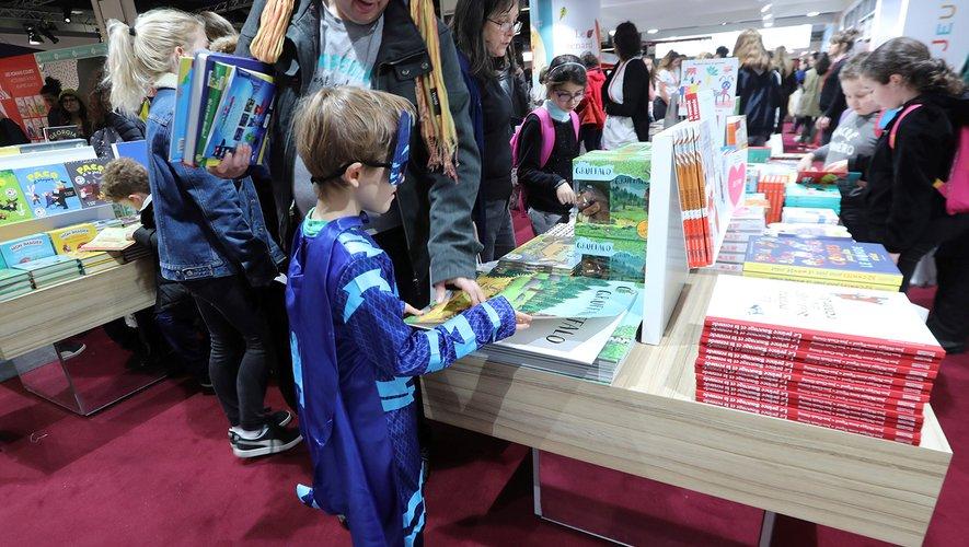 """""""Nos futurs"""" c'est le thème retenu pour la 34e édition du Salon du livre et de la presse jeunesse (SLPJ)."""