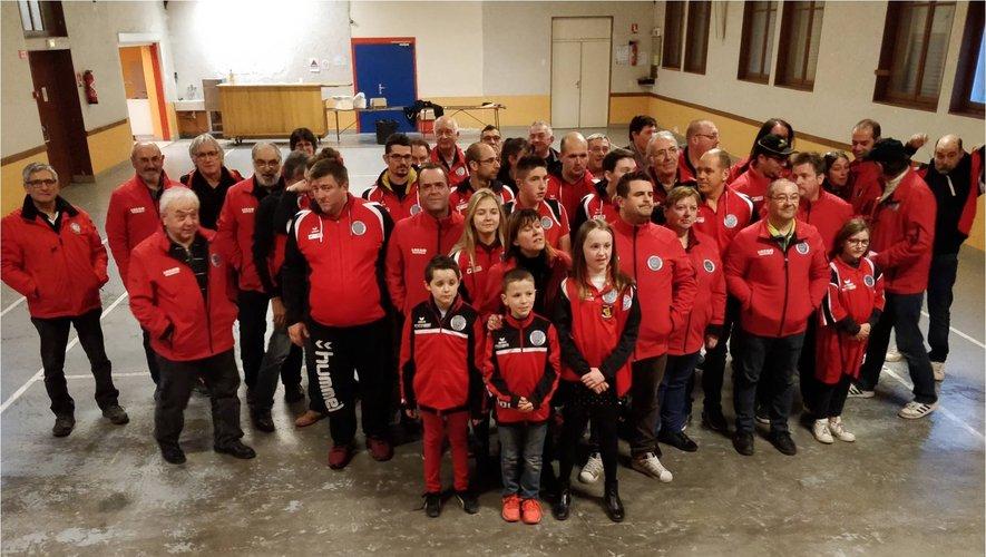 Le club réunit enfants, seniors et vétérans pour une même passion.