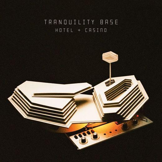 """Le dernier album des Arctic Monkeys, """"Tranquility Base Hotel & Casino"""", est sorti en mai dernier."""