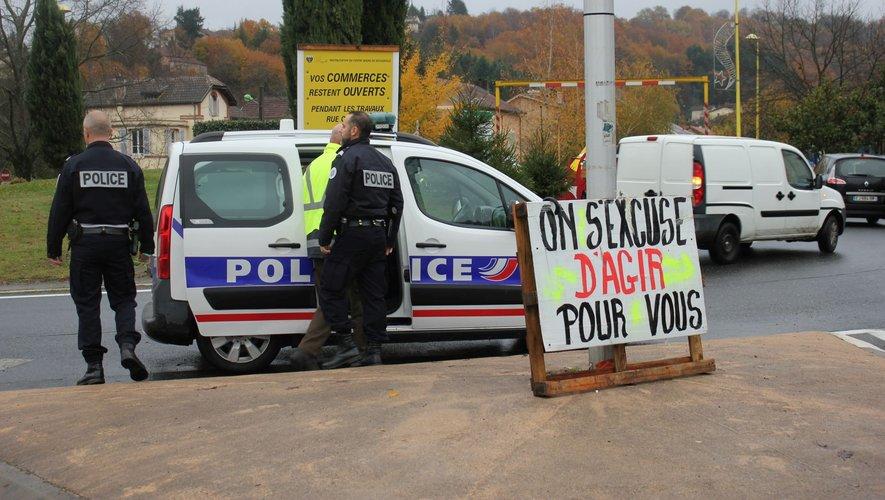 Le gilet jaune a été interpellé par la police puis placé en garde à vue.