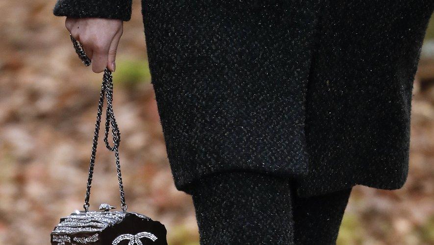 La maison française Chanel annonce supprimer les peaux exotiques de ses collections.