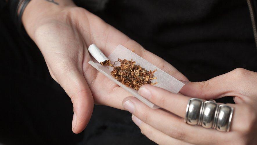 Les fumeurs qui roulent leurs propres cigarettes sont moins susceptibles d'arrêter de fumer