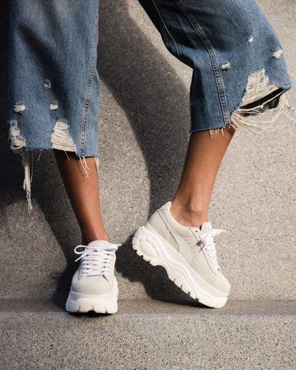 Puma s'associe à Buffalo London le temps d'une paire de sneakers inspirée des nineties.