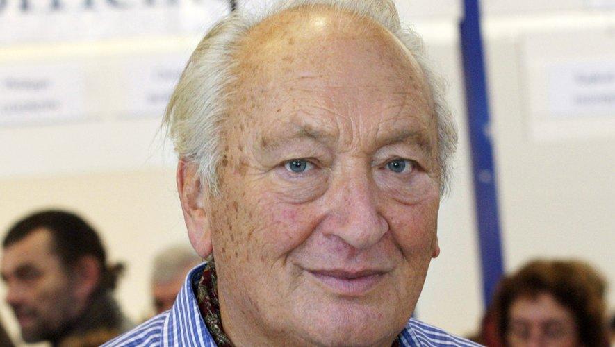 """Joseph Joffo, auteur du célèbre livre autobiographique """"Un sac de billes"""", est mort jeudi à 87 ans"""